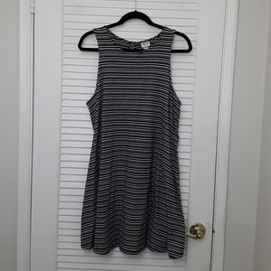 Mossimo Striped Eyelet Back Black And White Dress